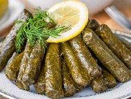 Вегетариански сарми с лозови листа по македонски